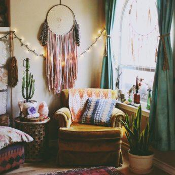 51-inspiring-bohemian-living-room-designs-21-775x1163